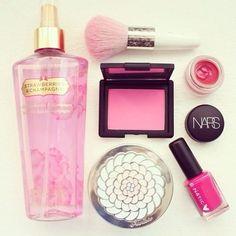 Make Up #makeup  #makeupbrush  #nars  #blusher  #beauty  #pink  #bodyspray  #vs  #victoriasecret