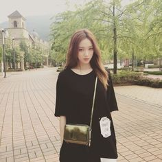 Image about pretty in Lee Sung Kyung - 이성경 by Kxxexxn Ulzzang Fashion, Ulzzang Girl, Korean Fashion, Lee Sung Kyung Fashion, Lee Sung Kyung Style, Swag Couples, Weightlifting Fairy Kim Bok Joo, Joo Hyuk, Korean Actresses