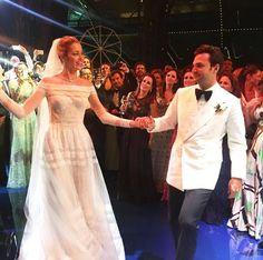 Ana Beatriz Barros, vestido de noiva valentino tradicional, festa, foto casamento