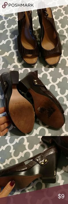 🎉💵 Brown wedge sandals Worn 2-4 times. One scuff on the back of left shoe. Top of the shoes look good. Offer welcome. 🍁 Tahari Shoes Sandals
