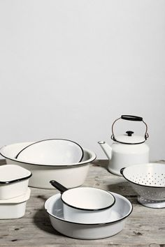 Vintage Enamelware Kitchen Set - Urban Outfitters from Urban Outfitters. Kitchen Dishes, Old Kitchen, Kitchen Sets, Vintage Kitchen, Kitchen Decor, Enamel Dishes, Enamel Cookware, Enamel Ware, Enamel Teapot