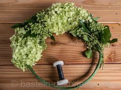 Handmade Gifts Crafting instructions for wreaths Wreaths For Front Door, Door Wreaths, Christmas Flowers, Fall Plants, Diy Interior, Diy Wreath, Summer Wreath, Grape Vines, Planting Flowers