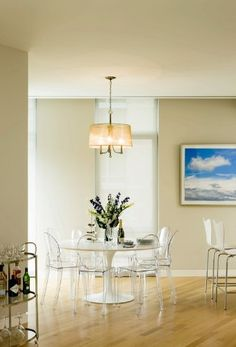 """Amazon.com - 42"""" Eero Saarinen Style Tulip Dining Table with White Fiberglass Top and 4 Ghost Side Chairs -"""