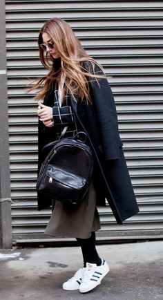Street Style - all of the must-see winter outfits from NYFW 2015 - black winter coat, leather backpack + Adidas sneakers Look Fashion, Fashion Outfits, Womens Fashion, Street Fashion, Girl Outfits, Fall Winter Outfits, Autumn Winter Fashion, Winter Shoes, Winter Ootd