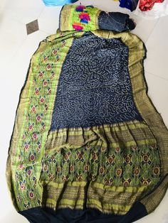 Paithani saree with bandhej Bandhani Saree, Indian Wear, Comforters, Blanket, Bed, How To Wear, Home, Creature Comforts, Indian Fashion