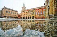 #Bologna #mainsquare #PiazzaMaggiore #piazza #grande #cloudy #rain #grey #autumn #Italy #lake #mirror