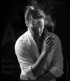 Benedict Cumberbatch☆<<<I don't approve of smoking, but this picture is so cool!