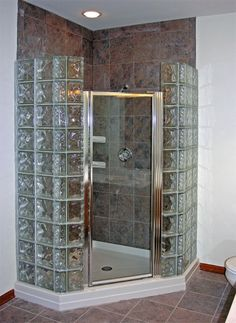 Bathroom - glass block shower GlassBlock by Doheny Gallery of Baths & Showers Shower Remodel, Glass Blocks, Bathroom Makeover, Minimalist Small Bathrooms, Small Bathroom Layout, Bathroom Interior, Modern Bathroom, Glass Block Shower, Bathroom Shower