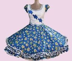 Resultado de imagen para vestidos de huasa modernos African Wear, Beautiful Dresses, Disney Princess, Crochet, Womens Fashion, How To Wear, Boutiques, Google, Folklorico Dresses