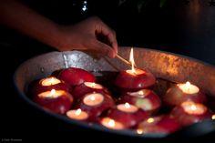 De kan bli fine holdere til flytelys. Candle Jars, Candles, Tea Lights, Advent, Baking, Bread Making, Patisserie, Bakken, Candy