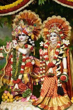 Jai Shri Krishna 🌷 Radha Krishna Images, Krishna Pictures, Hare Krishna, Deities, God, Painting, Beautiful, Dios, Krishna Images