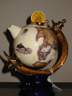 Tea:  A teapot globe for world tea drinkers. - I don't know whether this should be on the Maps board or the Novel Novelties board!