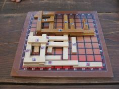 Foundations is a 2 players abstract strategy game that is played using board and pieces of an Isaac set. Router Projects, Woodworking Projects, Diy Games, Math Games, Bord Games, Wooden Board Games, How To Make Toys, Geek Crafts, Strategy Games