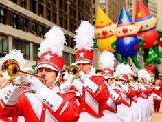 These Hotels Have the Best Views of the Thanksgiving Day Parade