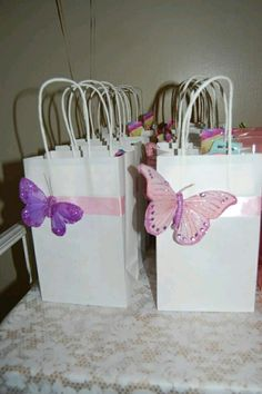 best ideas about Butterfly Butterfly Birthday Party, Butterfly Baby Shower, Garden Birthday, Baby Birthday, First Birthday Parties, First Birthdays, Butterfly Party Favors, Butterfly Party Decorations, Birthday Ideas
