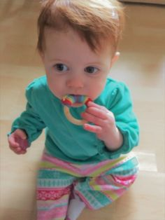 Learn to crochet a wood ring teether for your little one. Photo tutorial leads you through this quick and easy project your favorite drooler will love. Crochet Baby Toys, Crochet For Kids, Free Crochet, Wooden Teething Ring, Wood Rings, Photo Tutorial, Learn To Crochet, Baby Crafts, Easy Projects