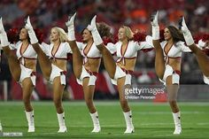 Arizona Cardinals Cheerleaders, Denver Bronco Cheerleaders, Cute Cheerleaders, Hottest Nfl Cheerleaders, Denver Broncos, Professional Cheerleaders, Cheerleading Pictures, Beautiful Athletes, Pantyhose Legs