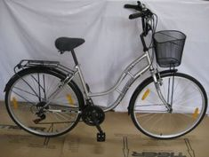 Station Bicycle Walthamstow provide New and Second hand bicycles with all accessories & service facility on discounted prices. Deal in all type of cycles Brand. Cheap Bikes For Sale, Vintage Ladies Bike, Second Hand Bicycles, Raleigh Bikes, Old Bicycle, Gears, Number, Gear Train