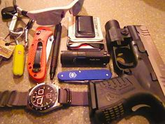 Another great EDC load-out.