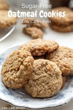 These sugar-free oatmeal cookies are perfect for your low carb keto diet! via Lo - Low Carb Keto - Ideas of Low Carb Keto - These sugar-free oatmeal cookies are perfect for your low carb keto diet! via Low Carb Maven Sugar Free Cookie Recipes, Sugar Free Deserts, Sugar Free Baking, Sugar Free Cookies, Recipe For Sugar Free Oatmeal Cookies, Sugar Free Biscuits, Sugar Free Snacks, Healthy Oatmeal Cookies, Keto Cookies