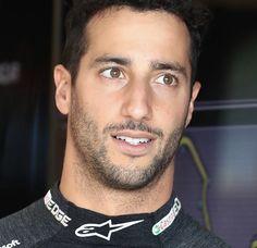 Ricciardo F1, Daniel Ricciardo, Honey Badger, F1 Drivers, Wallpaper Ideas, Hot Cars, Crushes, Racing, Guys