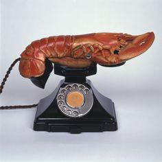 Sunday Dalí: Aphrodisiac Telephone (black and red version), 1936