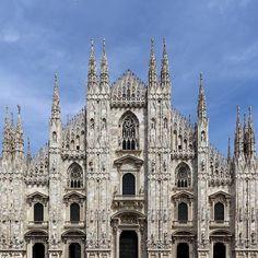 Classic Beauty: Duomo di Milano . #InstameetItalia5 by macenzo