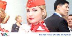 Ảnh: Các nữ tiếp viên xinh đẹp Aeroflot bên biểu tượng búa liềm Xem bài viết => Read post: https://vn.city/anh-cac-nu-tiep-vien-xinh-dep-aeroflot-ben-bieu-tuong-bua-liem.html #TintucVietNam - #VietNam - #VietNamNews - #TintứcViệtNam Hãng hàng không lâu đời nhất và lớn nhất của Nga vẫn sử dụng logo búa liềm từ thời Liên Xô. Hãng có đội ngữ nữ tiếp viên vô cùng xinh đẹp.  Tin tức Việt Nam, Thông