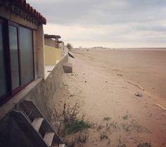 """Regardez ce logement incroyable sur Airbnb : """"Les Castaway""""la cabane de la plage - Lofts à louer à Fleury"""