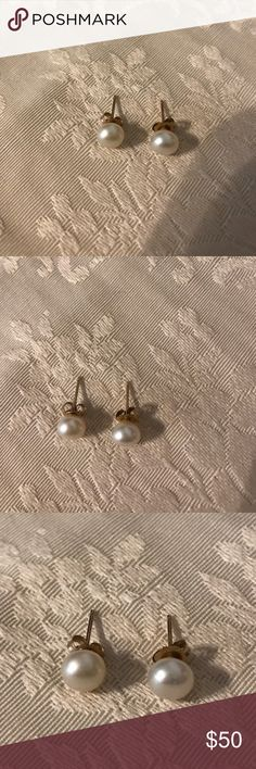 14k pearl earrings Good conditions gold Accessories