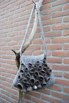 felt bag by sassafrasdesign