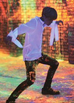 *insert Min Yoongi voice here* J-Hooooooooooope! This video is amazing!! Hoseok is such an amazing dancer!!! #BoyMeetsEvil