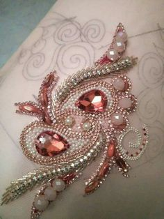 1 million+ Stunning Free Images to Use Anywhere Tambour Beading, Tambour Embroidery, Couture Embroidery, Bead Embroidery Jewelry, Embroidery Fashion, Ribbon Embroidery, Beaded Embroidery, Embroidery Stitches, Hand Embroidery Designs