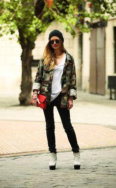 moda_en_la_calle_en_barcelona_797486302_562x908.jpg (562×908)