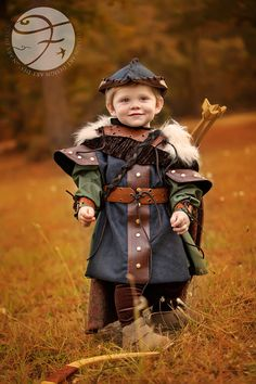I can't even handle how cute this is!! Sully is to be Prince Phillip for a friend's dauter's 3rd bday photos in January. I'm going to model his costume off of this I think <3 Robin Hood Boys Costume Renaissance Fair Sz 2/4 by VintageDuck