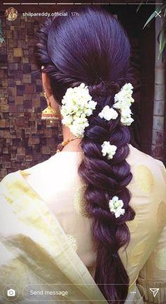 Best Hair Styles For Girls Buns 31 Ideas - Wedding South Indian Wedding Hairstyles, Bridal Hairstyle Indian Wedding, Bridal Hair Buns, Bridal Hairdo, Hairdo Wedding, Braided Hairstyles For Wedding, Indian Hairstyles, Hairstyles Haircuts, Flower Hairstyles