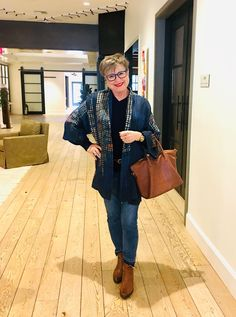 This jean outfit recipe takes you from sheltering in place to whooping it up sooner or later. It's three clothing items and three accessories. Easy peasy!