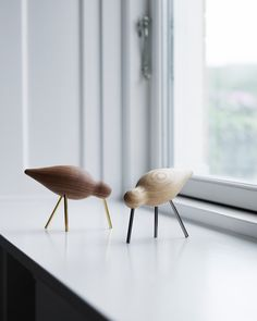 New Shorebirds fly the nest and will land in two exclusive editions this year to mark the anniversary of Normann Copenhagen. Scandinavian Interior Design, Nordic Design, Scandinavian Design, Decoration Originale, Danish Design, Home Decor Inspiration, Designer, Living Room Decor, Furniture Design