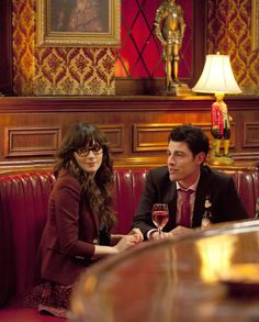 Jess (Zooey Deschanel), Schmidt (Max Greenfield) ~ New Girl Episode Stills ~ Season 1, Episode 1: Pilot #amusementphile