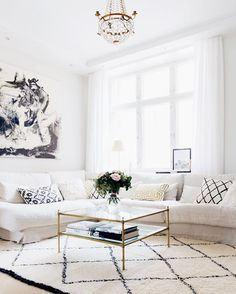 Home sweet home. | Video tour on the blog now! #interiordesign #home #kiinteistömaailma #collaboration