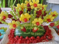 Hawaiian Themed Party and Everything You Need for It : Luau Party On A Budget. Luau party on a budget. 9th Birthday Parties, Luau Birthday, Birthday Cake, Luau Centerpieces, Centerpiece Ideas, Luau Food, Fruit Creations, Hawaiian Luau, Hawaiian Theme