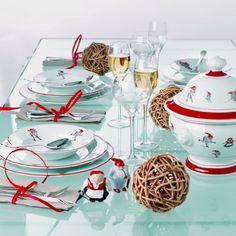 This is my favorite Christmas China!  http://www.glassoginterior.no/produkter/jule-varer/porsgrund-porselen-nisse-juleservise-bestikk-og-tekstiler-1.html