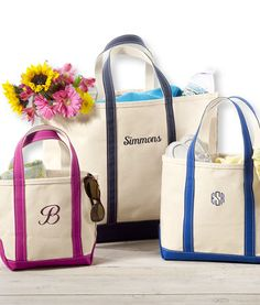 Every girl needs a simple tote bag...and a personalized one is even better! #bridesmaids #gifts #wedding