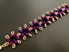 Ladies gold bracelet designs with price. Wish to know more details on jewelry? Beaded Bracelets Tutorial, Beaded Bracelet Patterns, Beaded Earrings, Beading Patterns, Beads Tutorial, Bracelet Designs, Beading Ideas, Funky Earrings, Embroidery Bracelets
