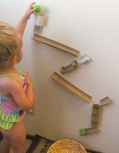 15 super leuke zelfmaakideetjes met karton om de kids te doen verbazen!