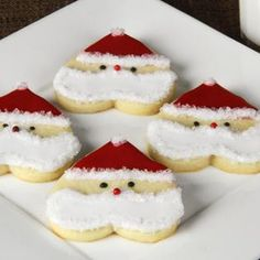 These are almost too cute to eat! Try these #santa #heart #cookies