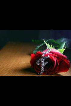 Cute Baby Wallpaper, Name Wallpaper, Heart Wallpaper, S Love Images, Love Pictures, Flower Letters, Flower Frame, Arabic Henna Designs, Black Background Wallpaper