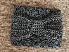 【編み図付き】リボンの松編みポーチ   かぎ針編み・無料編み図 ATELIER *mati*