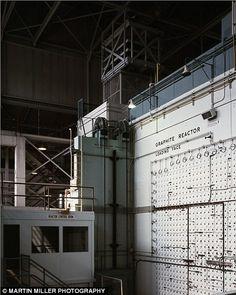 The Manhattan Project. Reactor, Pilot Plant for Production of Nagasaki Bomb Plutonium, Oak Ridge, TN 1943 Nagasaki, Hiroshima, Oak Ridge Tennessee, First Atomic Bomb, Manhattan Project, National Laboratory, Weapon Of Mass Destruction, Nuclear Power, Atomic Age