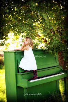 @Jennifer Milsaps L Ezell maybe we should paint that piano just for a photo prop! ha!